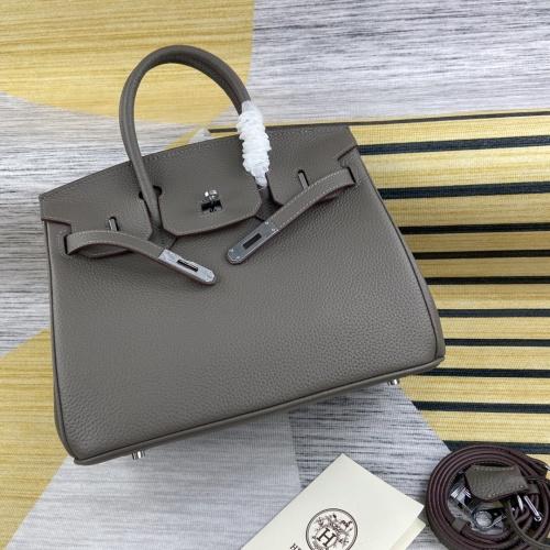 Hermes AAA Quality Handbags For Women #902816