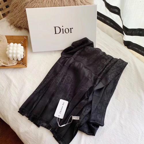 Christian Dior Scarf #905138