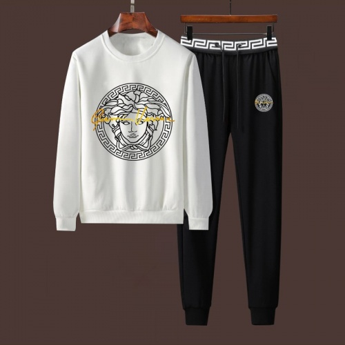 Versace Tracksuits Long Sleeved For Men #906409