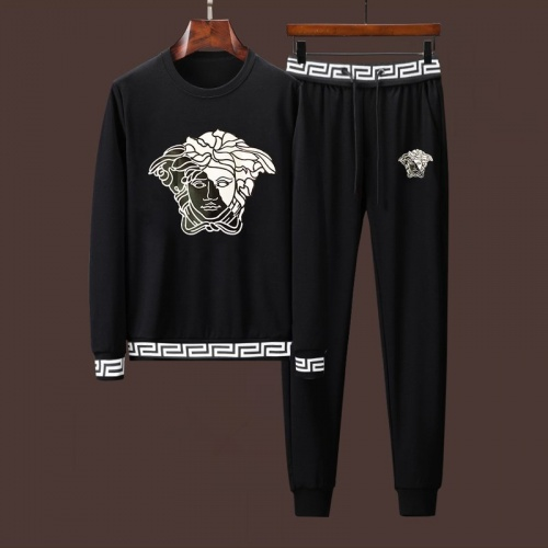 Versace Tracksuits Long Sleeved For Men #906410