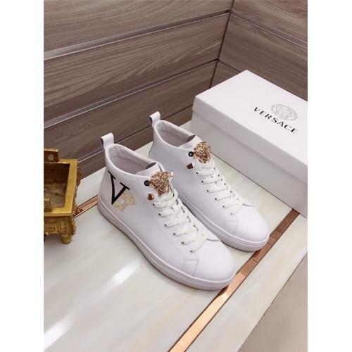 Versace High Tops Shoes For Men #906449