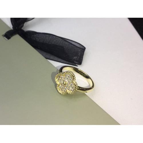 Van Cleef & Arpels Rings #906905