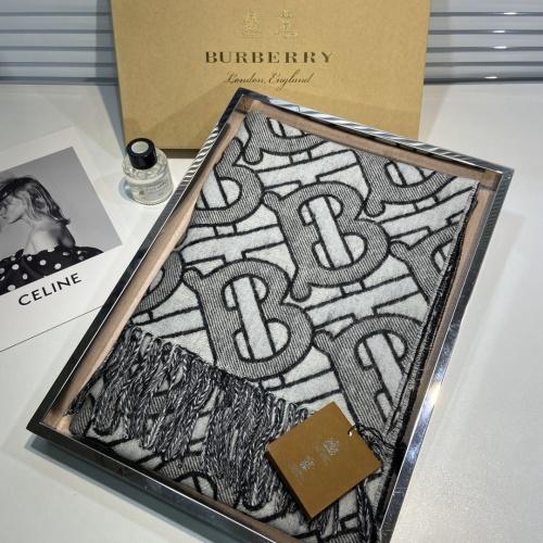 Burberry Scarf #907401
