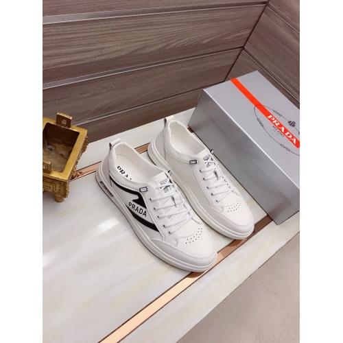 Prada Casual Shoes For Men #908177