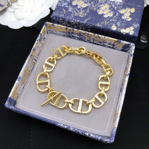 Christian Dior Bracelets #908249