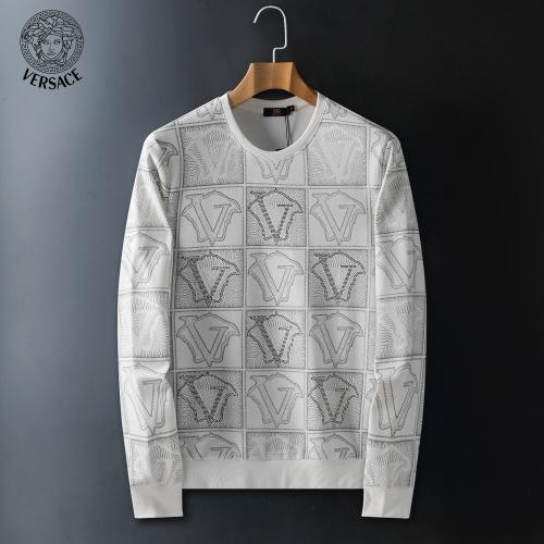 Versace Hoodies Long Sleeved For Men #908933