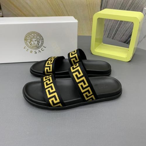 Versace Slippers For Men #909503