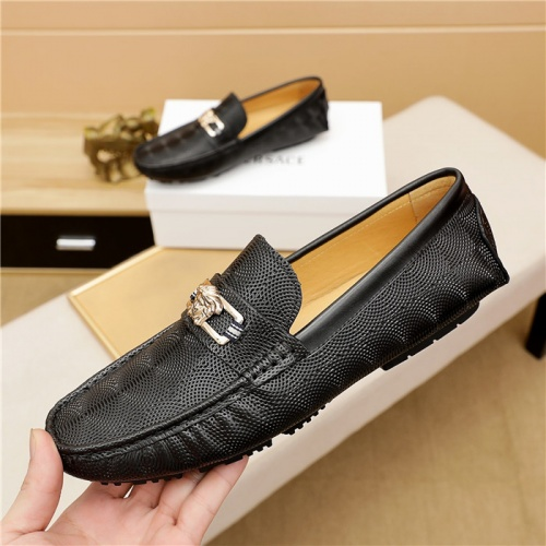 Replica Versace Leather Shoes For Men #909707 $68.00 USD for Wholesale