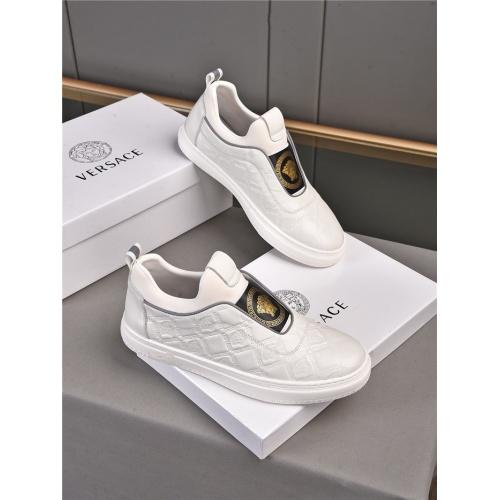 Versace Casual Shoes For Men #909722 $76.00 USD, Wholesale Replica Versace Casual Shoes