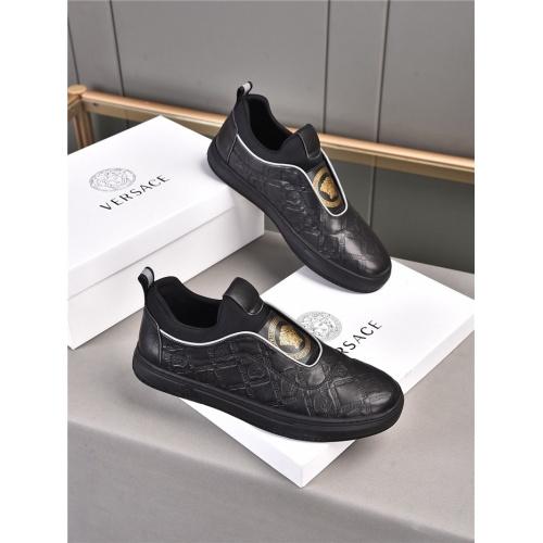 Versace Casual Shoes For Men #909723 $76.00 USD, Wholesale Replica Versace Casual Shoes