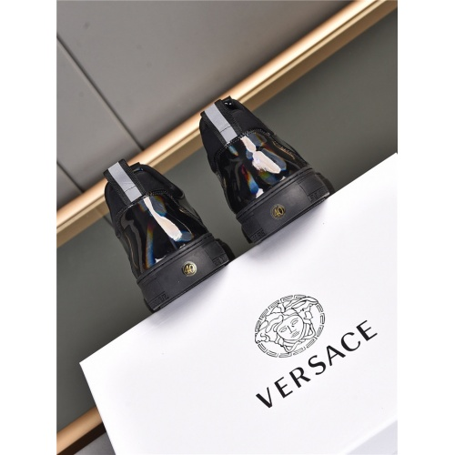 Replica Versace Casual Shoes For Men #909724 $76.00 USD for Wholesale