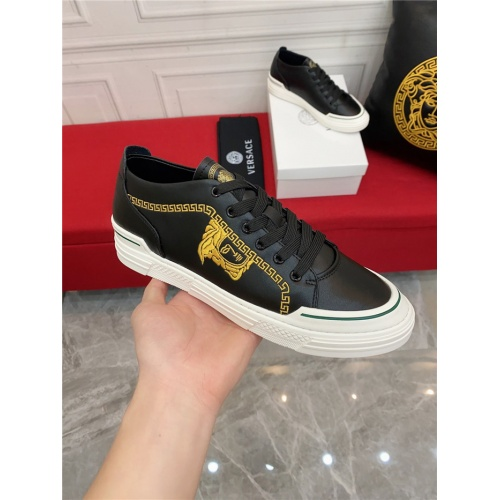 Replica Versace Casual Shoes For Men #910124 $72.00 USD for Wholesale