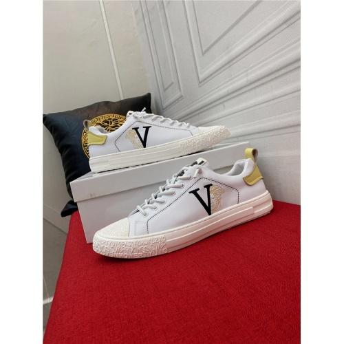 Versace Casual Shoes For Men #910125 $72.00 USD, Wholesale Replica Versace Casual Shoes