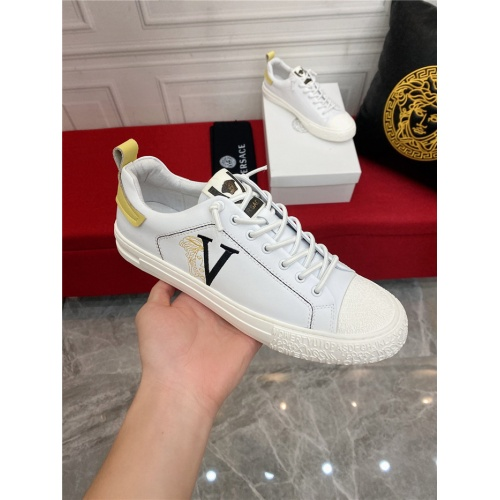 Replica Versace Casual Shoes For Men #910125 $72.00 USD for Wholesale