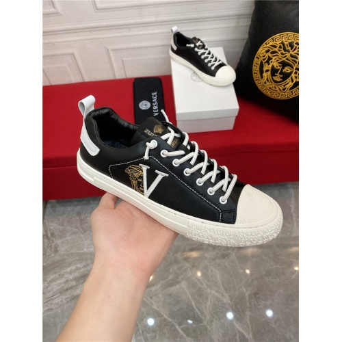 Replica Versace Casual Shoes For Men #910126 $72.00 USD for Wholesale