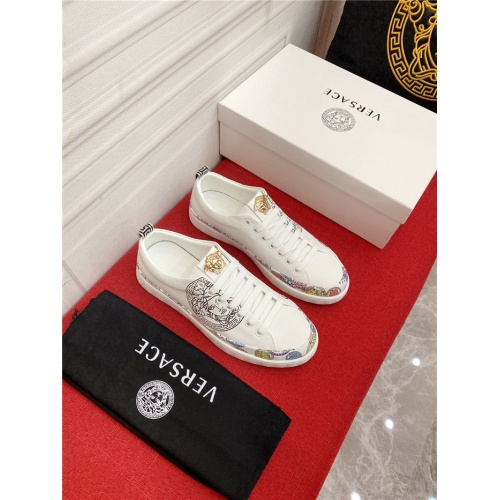 Replica Versace Casual Shoes For Men #910127 $72.00 USD for Wholesale