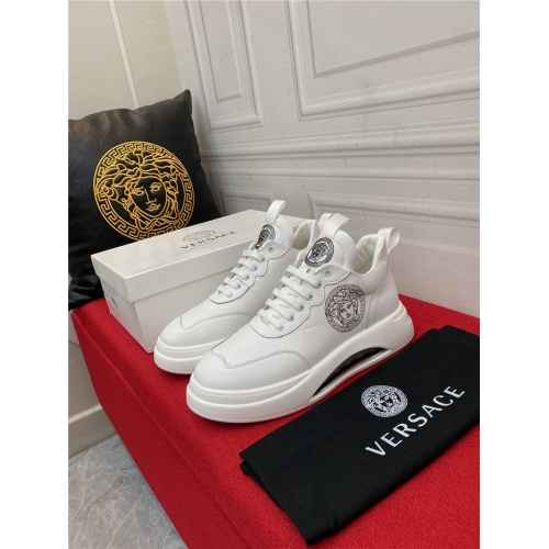 Replica Versace Casual Shoes For Men #910133 $85.00 USD for Wholesale