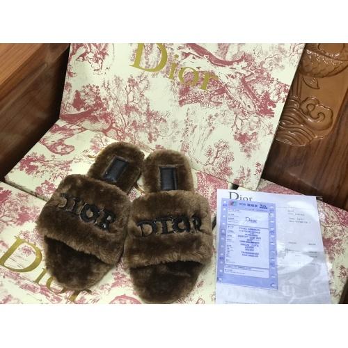 Christian Dior Slippers For Women #910367