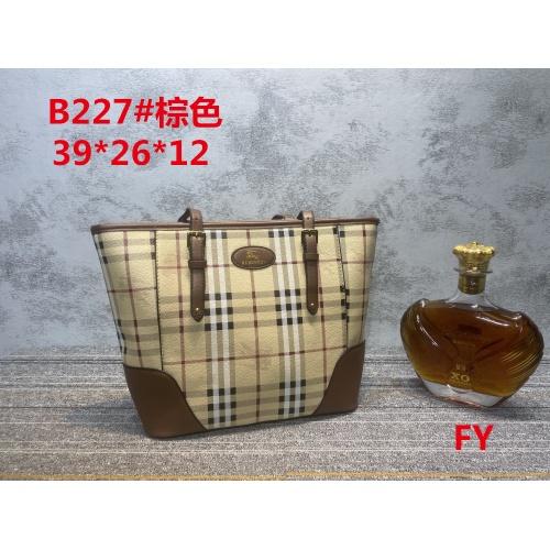Burberry New Handbags For Women #910729 $33.00 USD, Wholesale Replica Burberry New Handbags