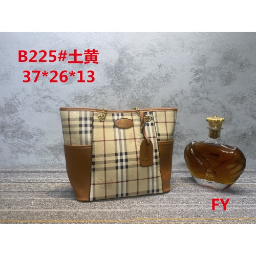 Burberry New Handbags For Women #910732 $33.00 USD, Wholesale Replica Burberry New Handbags