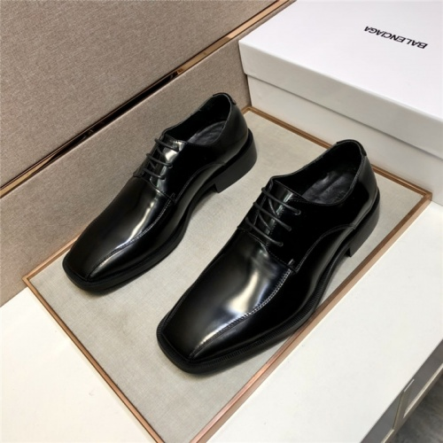 Balenciaga Leather Shoes For Men #910845