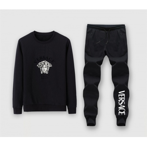 Versace Tracksuits Long Sleeved For Men #911089