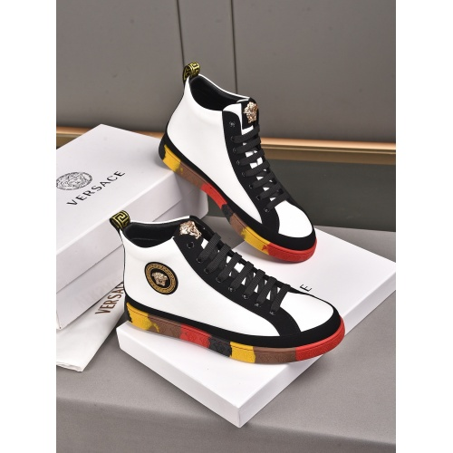 Versace High Tops Shoes For Men #911285