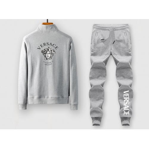 Versace Tracksuits Long Sleeved For Men #911647