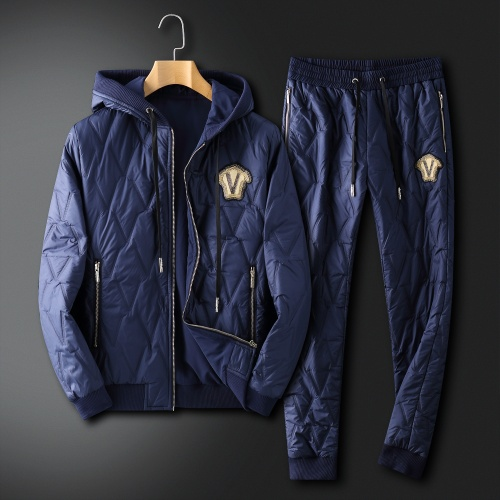 Versace Tracksuits Long Sleeved For Men #912276