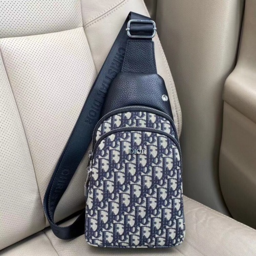 Christian Dior AAA Man Messenger Bags #912473