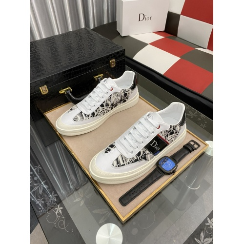 Christian Dior Casual Shoes For Men #912649