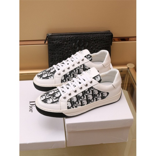 Christian Dior Casual Shoes For Men #913223
