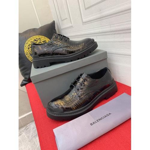 Balenciaga Leather Shoes For Men #913958