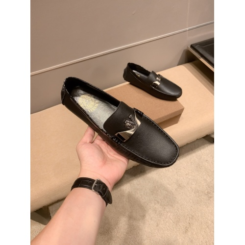 Replica Versace Leather Shoes For Men #914236 $68.00 USD for Wholesale