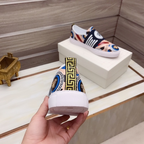 Replica Versace Casual Shoes For Men #914242 $76.00 USD for Wholesale