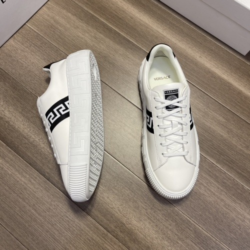 Replica Versace Casual Shoes For Men #914244 $72.00 USD for Wholesale
