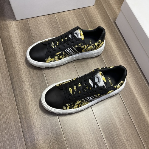 Replica Versace Casual Shoes For Men #914249 $68.00 USD for Wholesale
