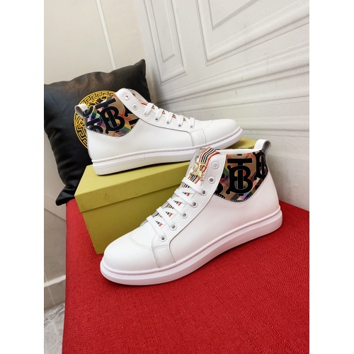 Burberry High Tops Shoes For Men #914913