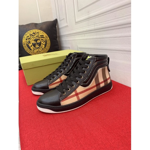 Burberry High Tops Shoes For Men #914924