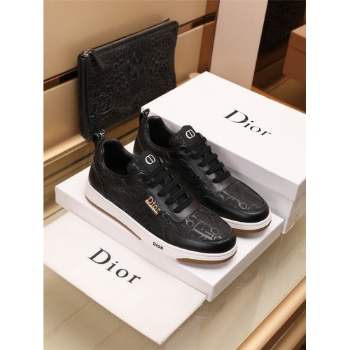 Christian Dior Casual Shoes For Men #915009