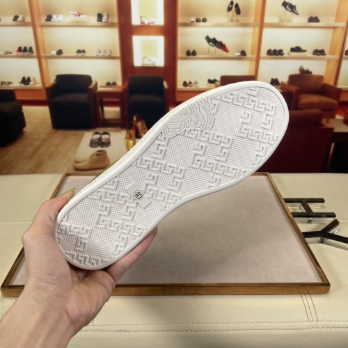 Replica Versace Casual Shoes For Men #915677 $72.00 USD for Wholesale
