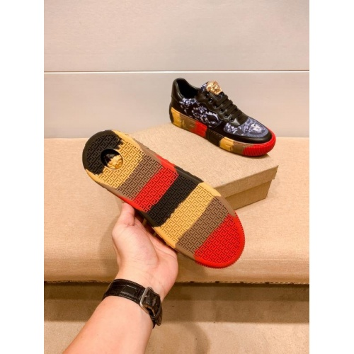 Replica Versace Casual Shoes For Men #915681 $76.00 USD for Wholesale
