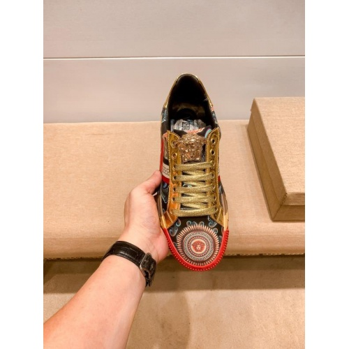 Replica Versace Casual Shoes For Men #915683 $76.00 USD for Wholesale