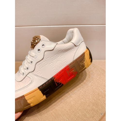 Replica Versace Casual Shoes For Men #915685 $76.00 USD for Wholesale