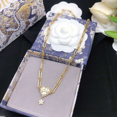 Christian Dior Necklace #916039