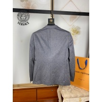 $68.00 USD Versace Suits Long Sleeved For Men #909612