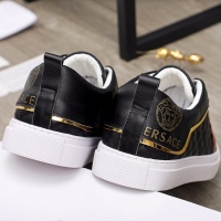 $68.00 USD Versace Casual Shoes For Men #910176