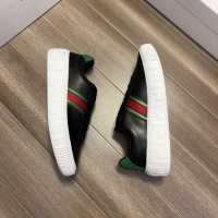$72.00 USD Versace Casual Shoes For Men #914246