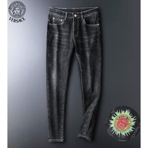 Versace Jeans For Men #916956
