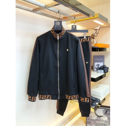 Versace Tracksuits Long Sleeved For Men #917009